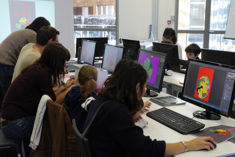 Atelier bilingue en famille à la Médiathèque de Biarritz