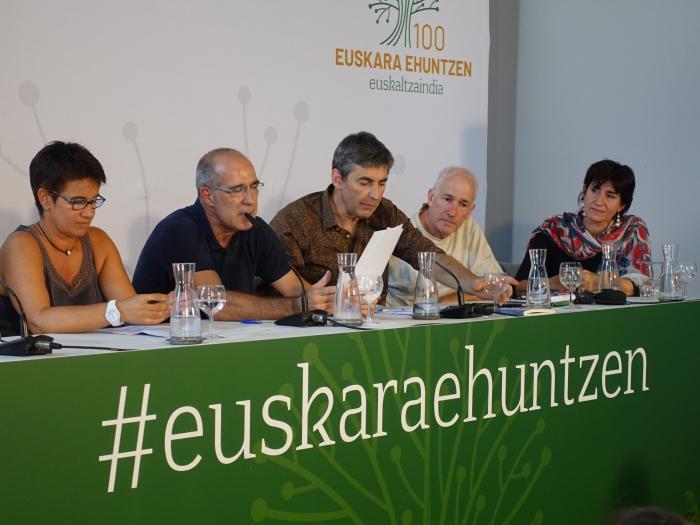 Euskaltzaindia à Baiona
