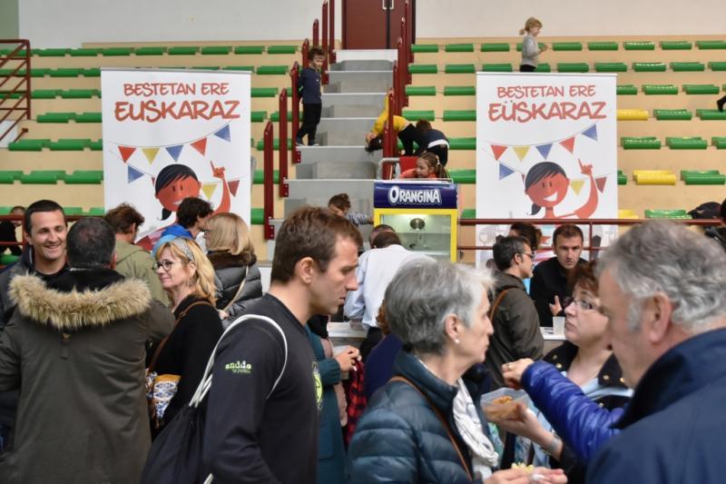 La fête occupe une place centrale au Pays Basque