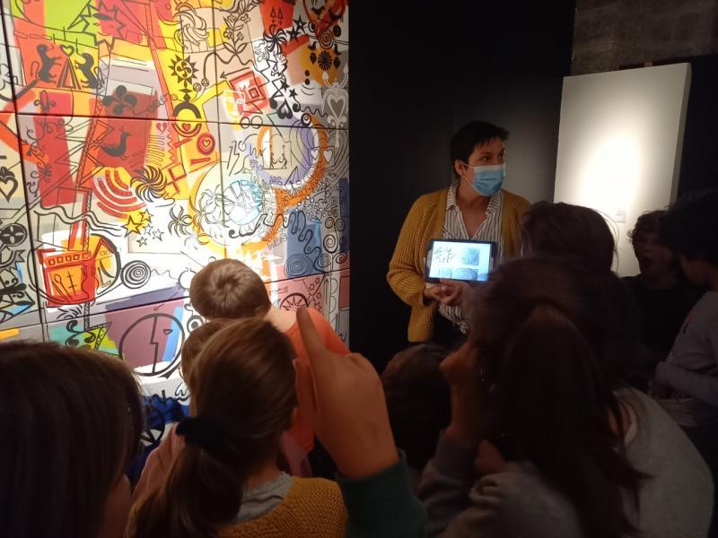 Les élèves de l'ikastola de Biarritz ont visité l'exposition Egak