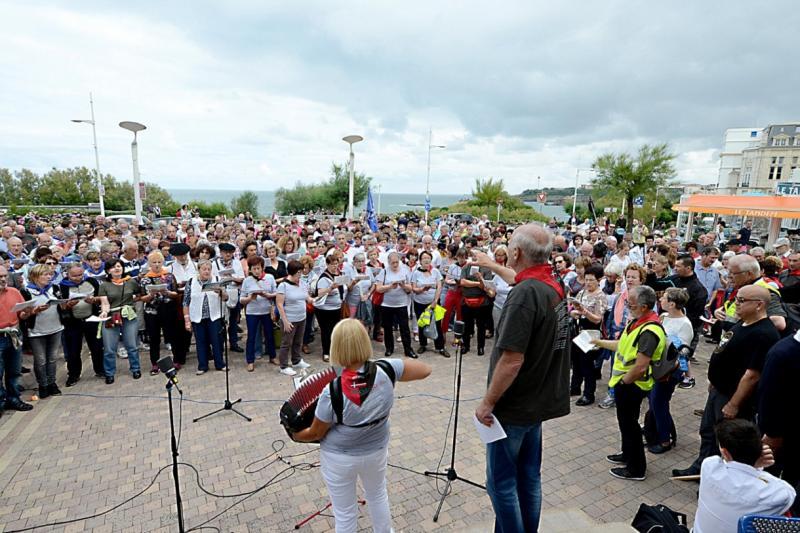 En 2017–2018, ARROKA a participé à 65 événements à Biarritz et sur l'ensemble du Pays Basque.