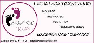 Yoga Oinutsik