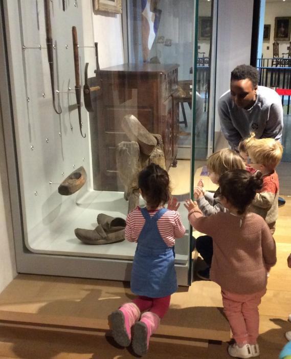 Visite de l'exposition La poterie de Ciboure