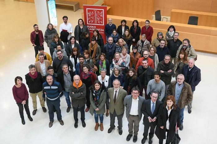 Le genre dans la littérature jeunesse en basque
